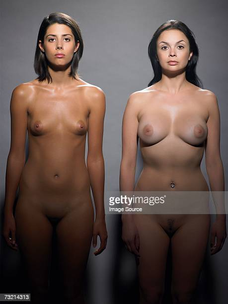 two nude women - corps femme photos et images de collection