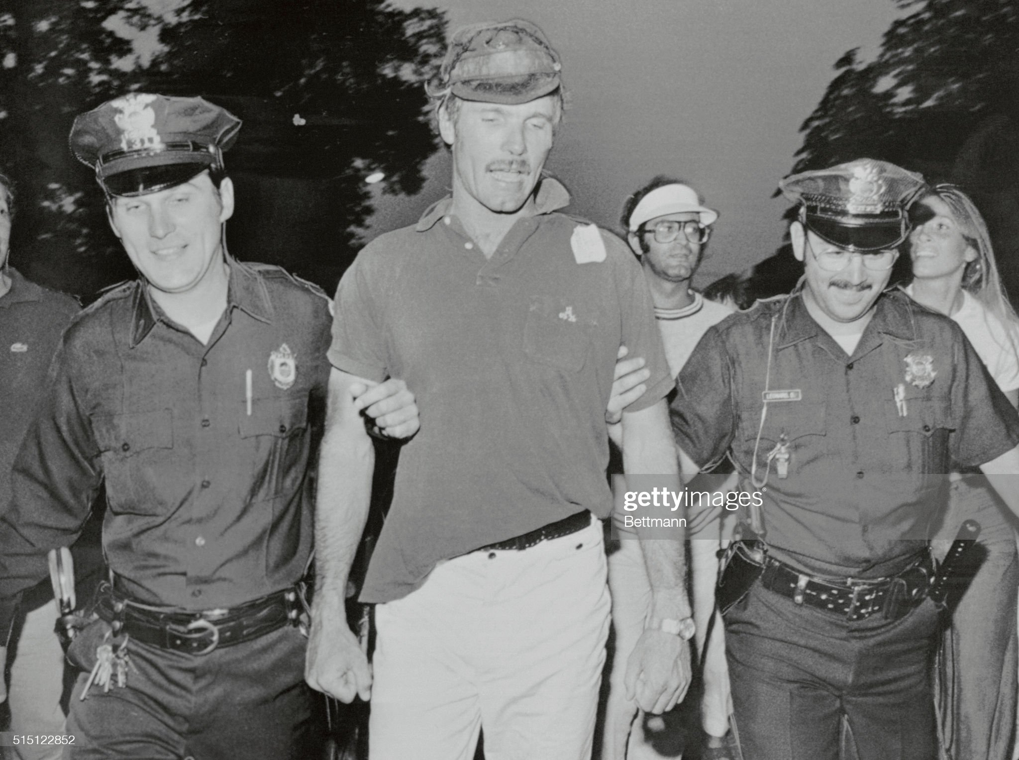 https://media.gettyimages.com/photos/two-of-newports-finest-happily-escort-courageous-skipper-ted-turner-picture-id515122852?s=2048x2048