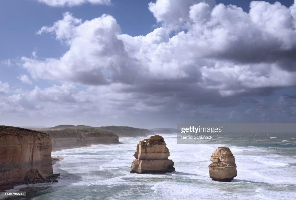 Two of The Twelve Apostles : Stock-Foto