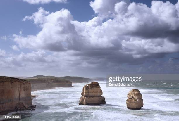 two of the twelve apostles - bernd schunack stock-fotos und bilder