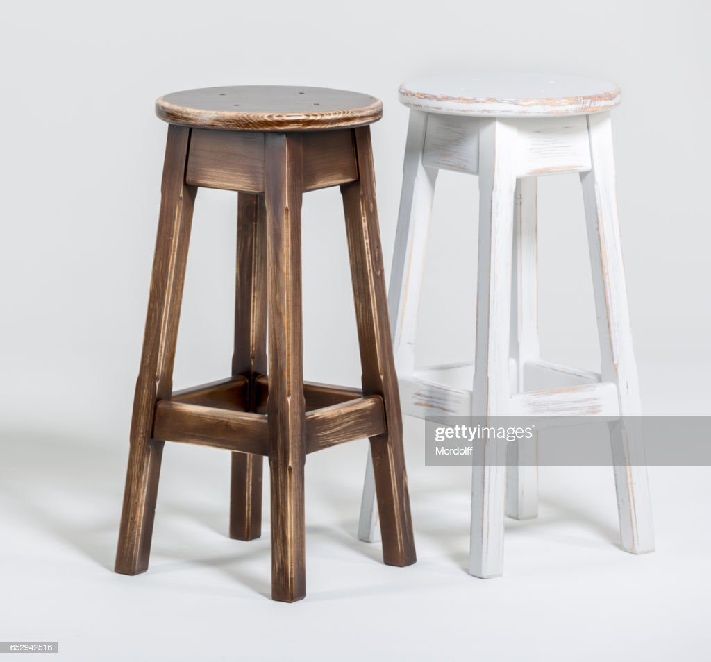 Zwei Alte Holz Barhocker Stock Foto Getty Images