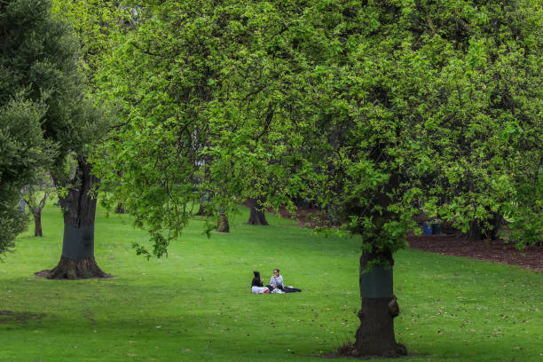 AUS: COVID-19 Lockdown Restrictions Ease In Melbourne To Allow Picnics And More Outdoor Recreation