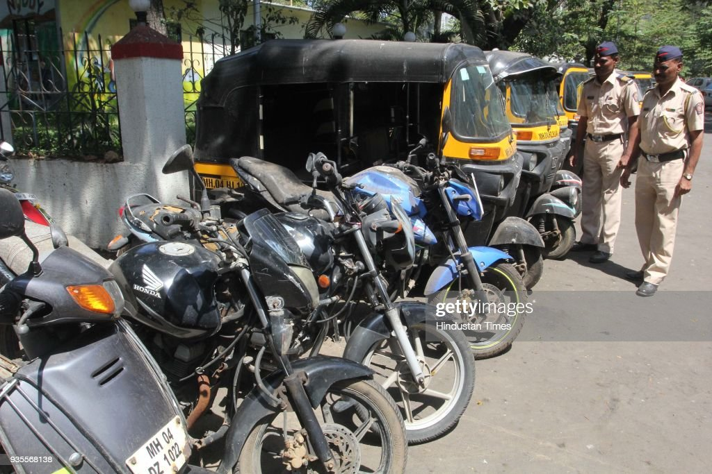 Mumbai Police Arrested Two People For Stealing Nine Rickshaws And Four Two Wheelers