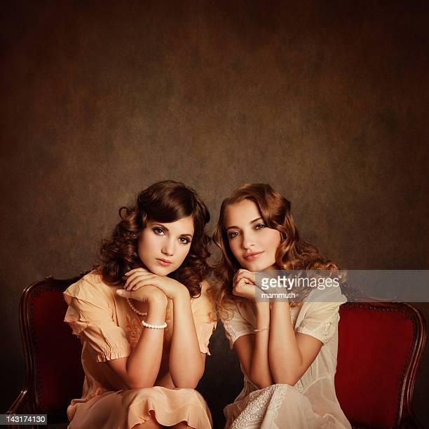 Zwei retro-Mädchen