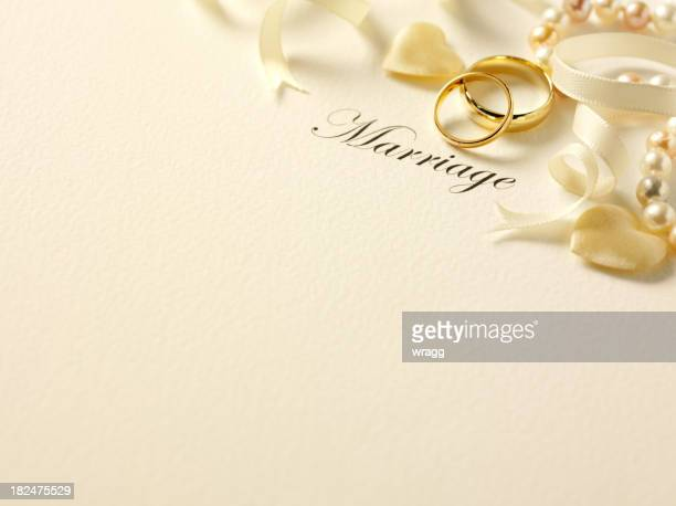 Zwei Ringe und Hochzeiten