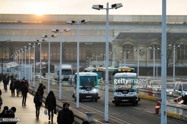 Two selfdriving bus shuttles between Austerlitz station and Lyon station in Paris produced by Easymile company in Paris on January 23 2017 The RATP...
