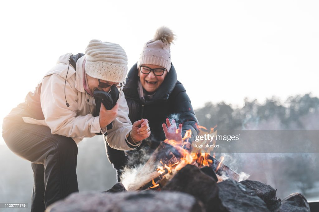 ALFREDA: Olga fisting Lanas Ass