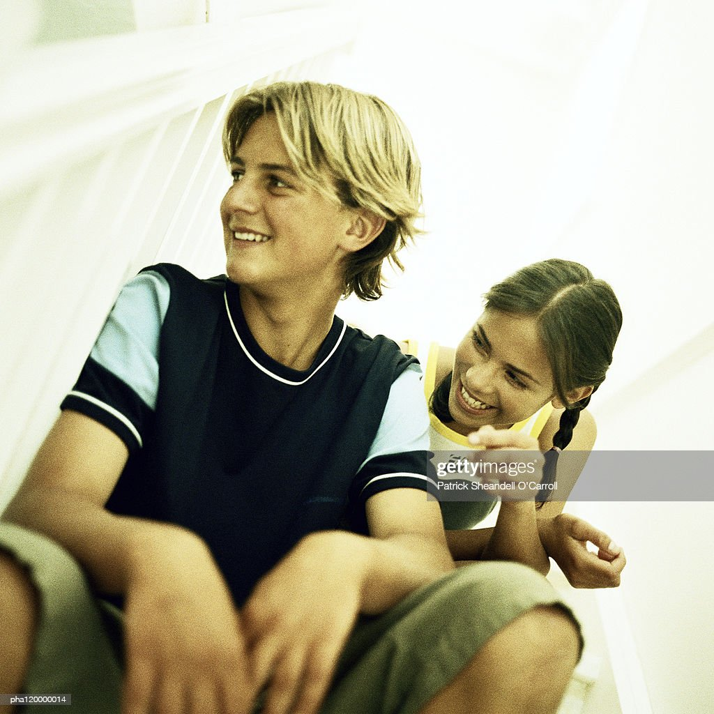 Two teenagers smiling : Stockfoto