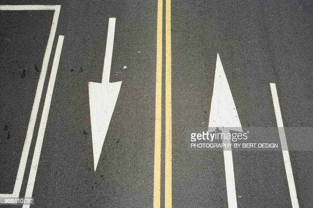 two way street - two lane highway stock pictures, royalty-free photos & images