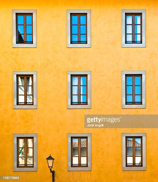 two windows looking sam - san miniato stock pictures, royalty-free photos & images