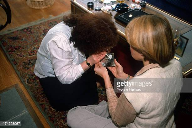 Two women are photographed snorting cocaine April 21 1986 in New York City