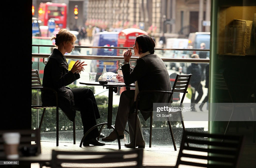 Cafe Culture in London : News Photo