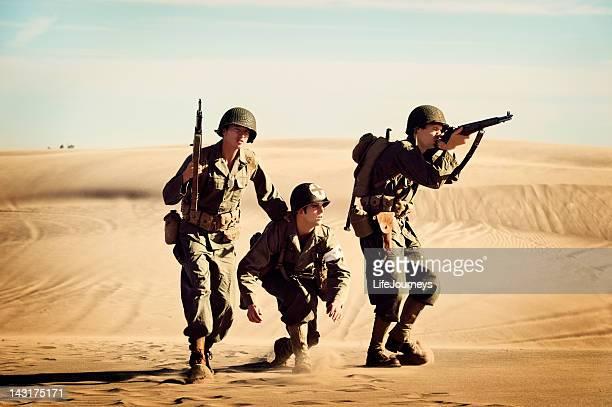 Deux soldats de la Seconde Guerre mondiale, la protection de l'équipe de thalassothérapie