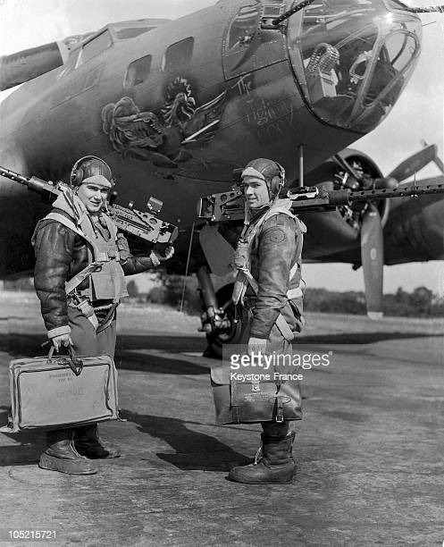 Two Young American Gunners Prepare To Load A B17 Flying Fortress For Bombing The Germans In 1944
