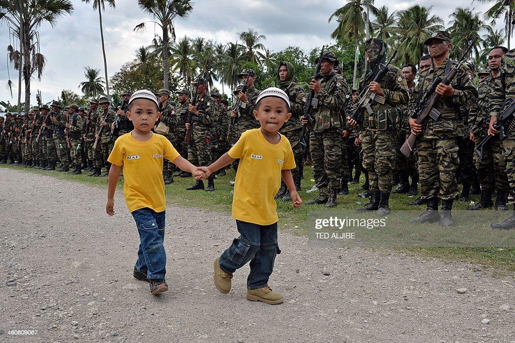 PHILIPPINES-MUSLIM-UNREST-PEACE : News Photo