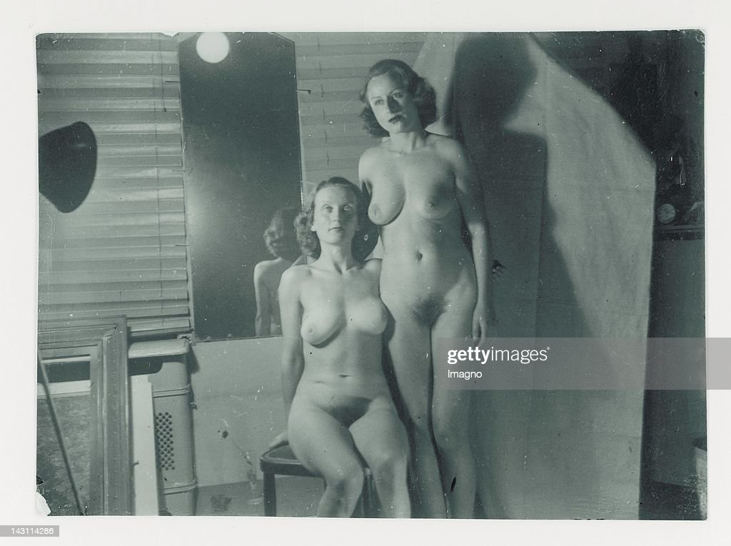 Best of 1940s Naked