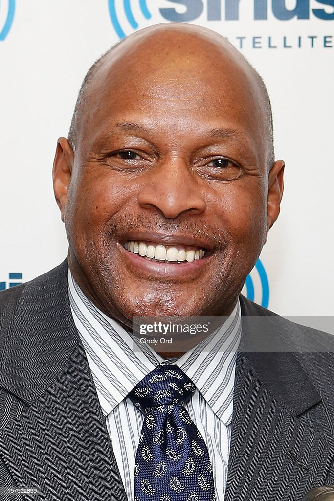 Two-time Heisman Trophy winner and former NFL running back Archie Griffin visits the SiriusXM Studios on December 7, 2012 in New York City.