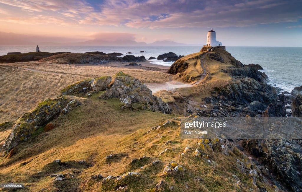 Twr Mawr Lighthouse Twr Bach Beacon At Sunrise Llanddwyn