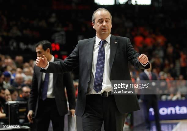 Txus Vidorreta Head Coach of Valencia Basket in action during the 2017/2018 Turkish Airlines EuroLeague Regular Season Round 25 game between Valencia...