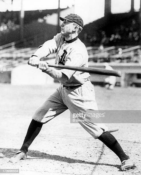 Ty Cobb of the Detroit Tigers takes a swing during batting practice circa 1915 at Navin Field in Detroit, Michigan.