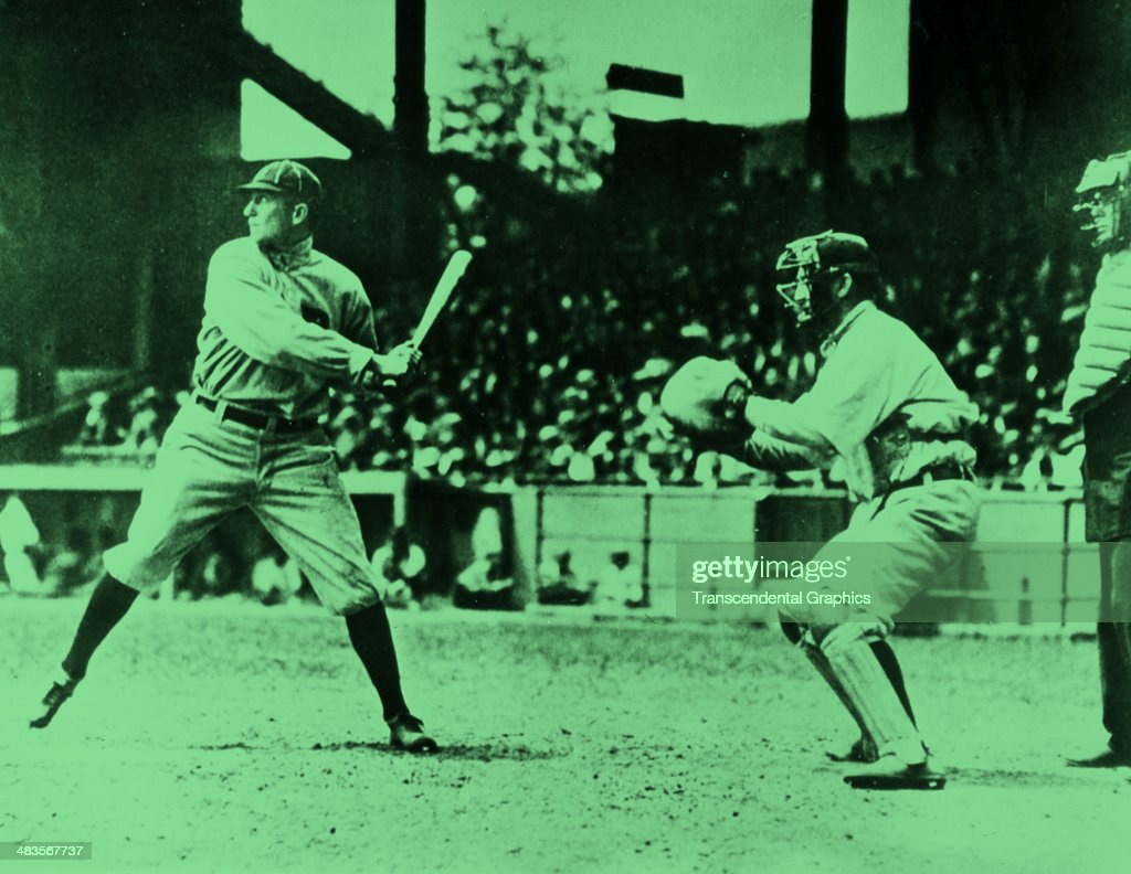 Ty Cobb Batting : News Photo