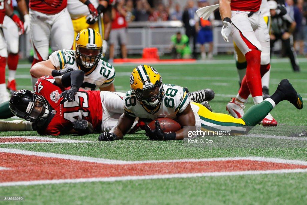 Green Bay Packers vAtlanta Falcons : News Photo