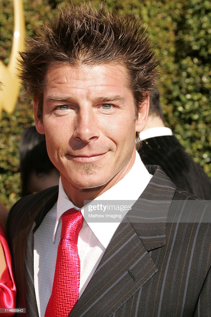 57th Annual Primetime Creative Arts EMMY Awards - Arrivals & Red Carpet : News Photo