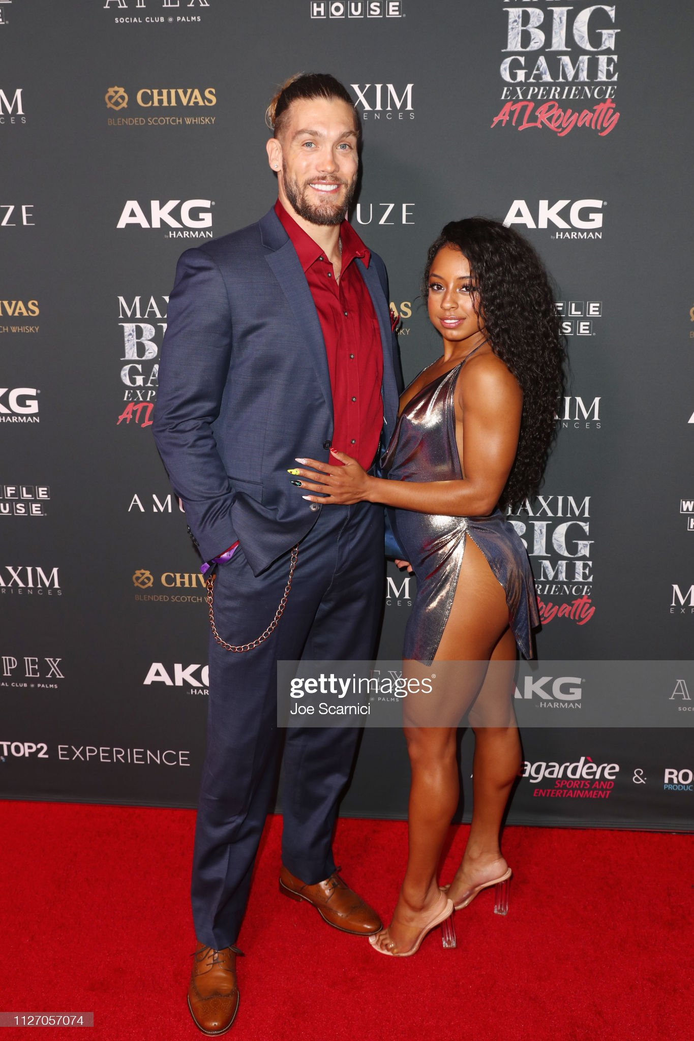 ¿Cuánto mide Qimmah Russo? - Real height Tyler-boyd-and-qimmah-russo-attend-the-maxim-big-game-experience-at-picture-id1127057074?s=2048x2048