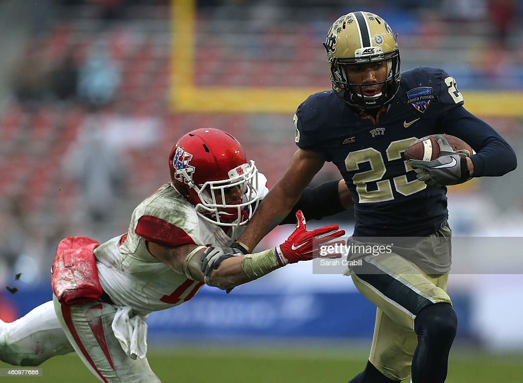 Lockheed Martin Armed Forces Bowl - Houston v Pittsburgh : News Photo