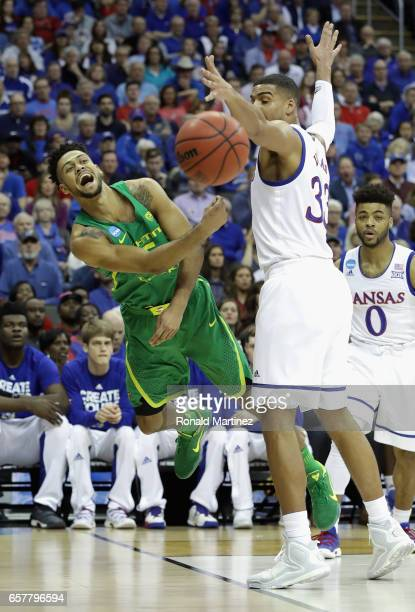 Tyler Dorsey of the Oregon Ducks passes the ball in the first half against the Kansas Jayhawks during the 2017 NCAA Men's Basketball Tournament...