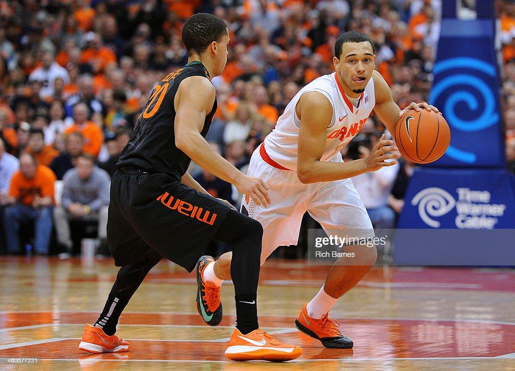 Miami v Syracuse : News Photo