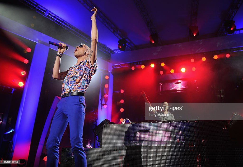 iHeartRadio Ultimate Pool Party Presented By VISIT FLORIDA At Fontainebleau's BleauLive - Onstage - Day 1