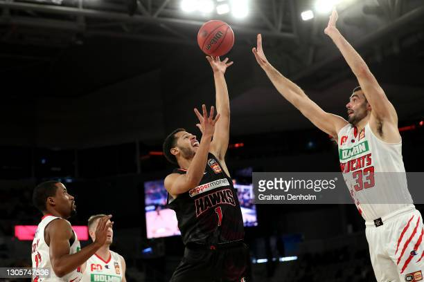 Tyler Harvey of the Hawks drives at the basket during the NBL Cup match between the Illawarra Hawks and the Perth Wildcats at John Cain Arena on...