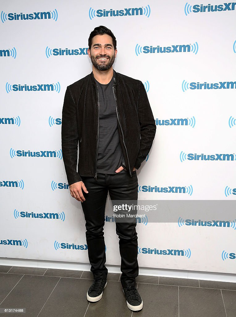 Tyler Hoechlin visits at SiriusXM Studio on October 7, 2016 in New York City.