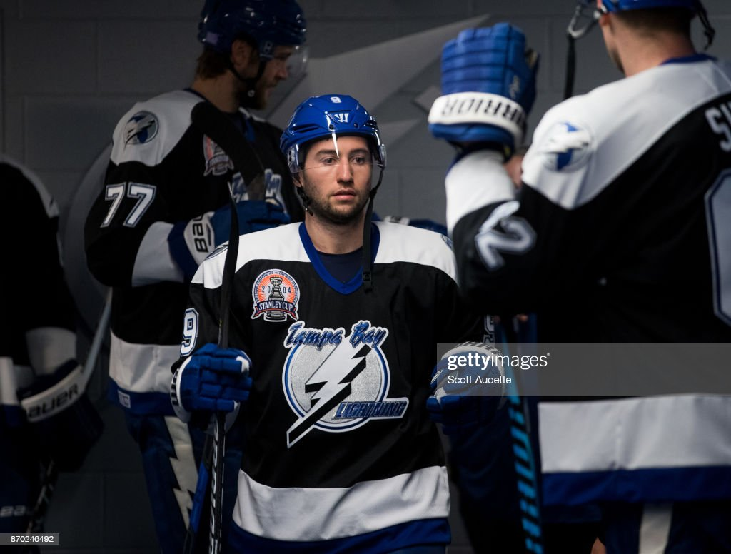 free shipping e3a3b 9b50a Tyler Johnson of the Tampa Bay Lightning wears a 2004 ...