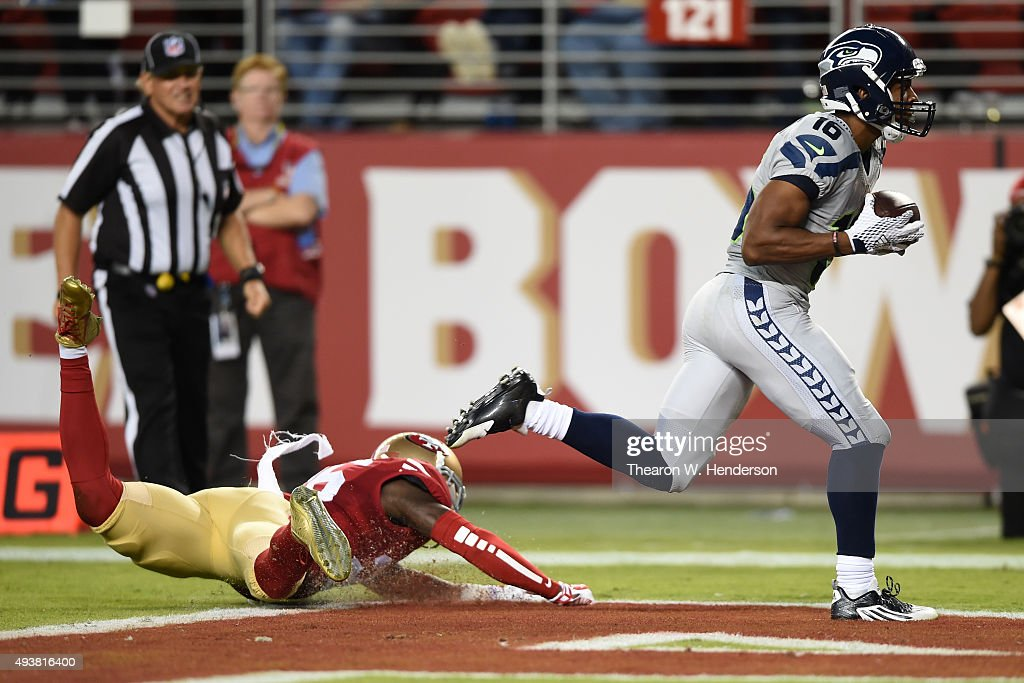 Tyler Lockett #16 of the Seattle Seahawks makes a catch for a 43-yard touchdown against the San Francisco 49ers during their NFL game at Levi's Stadium on October 22, 2015 in Santa Clara, California.