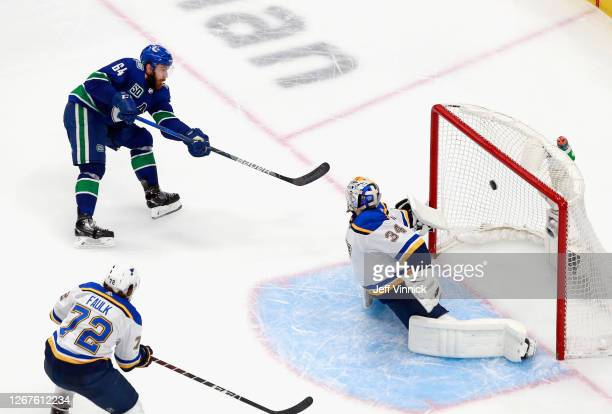 Tyler Motte of the Vancouver Canucks scores at 13:19 of the third period against Jake Allen of the St. Louis Blues in Game Six of the Western...