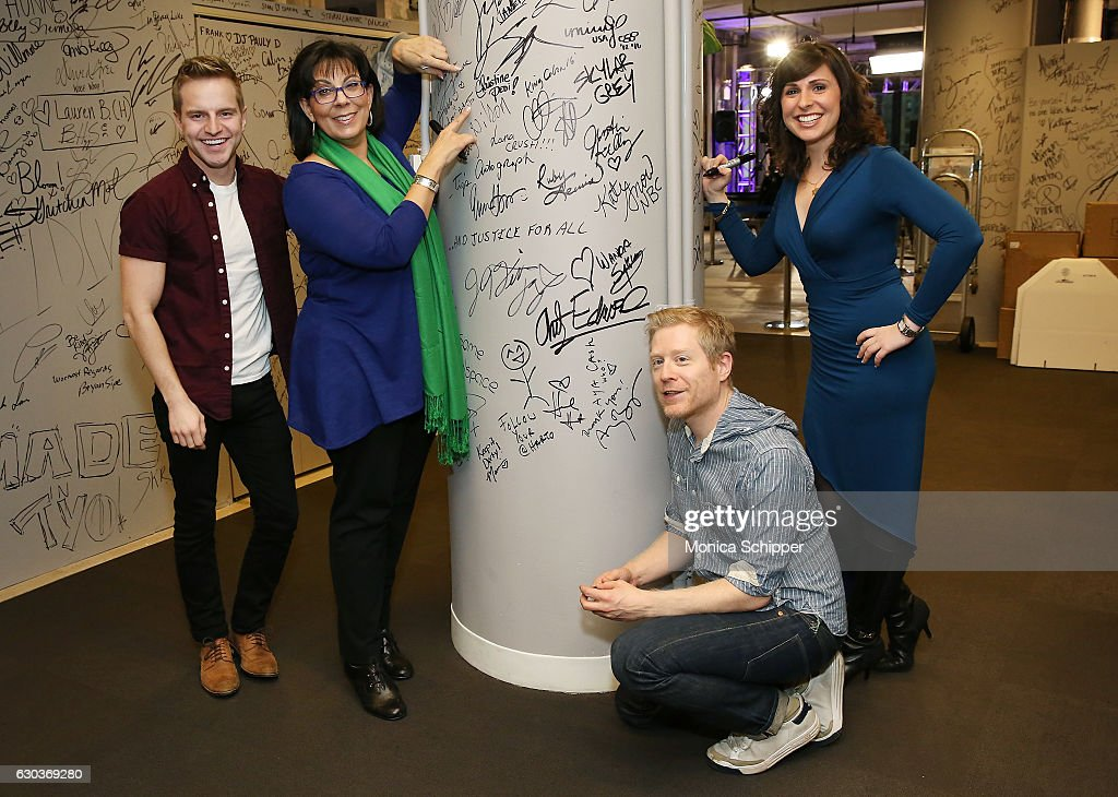 Tyler Mount, Christine Pedi, Anthony Rapp and Ruthie Fierberg sign the wall at AOL HQ when they visit for Build Presents Anthony Rapp, Tyler Mount & Christine Pedi & Playbill Discussing 'Broadway Con' at AOL HQ on December 21, 2016 in New York City.