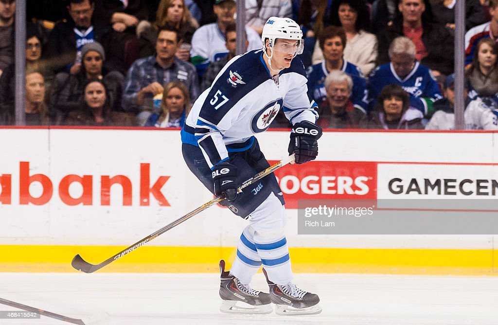 Winnipeg Jets v Vancouver Canucks : News Photo