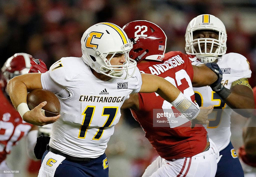 Tyler Roberson #17 of the Chattanooga Mocs rushes away from Ryan Anderson #22 of the Alabama Crimson Tide at Bryant-Denny Stadium on November 19, 2016 in Tuscaloosa, Alabama.