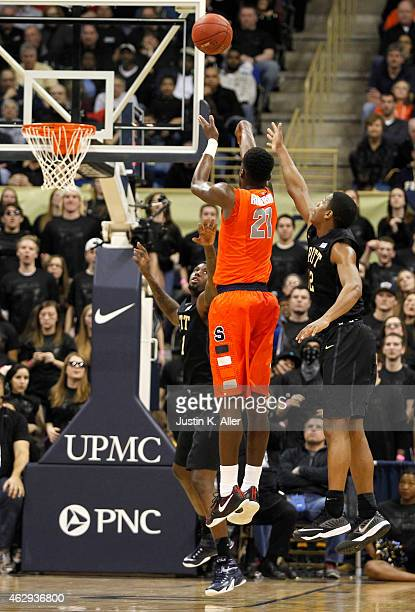 Tyler Roberson of the Syracuse Orange pulls up for a shot against the Pittsburgh Panthers during the game at Petersen Events Center on February 7...