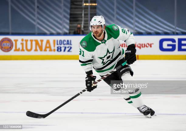 Tyler Seguin of the Dallas Stars skates against the Vegas Golden Knights during the first period of the Round Robin game during the 2020 NHL Stanley...
