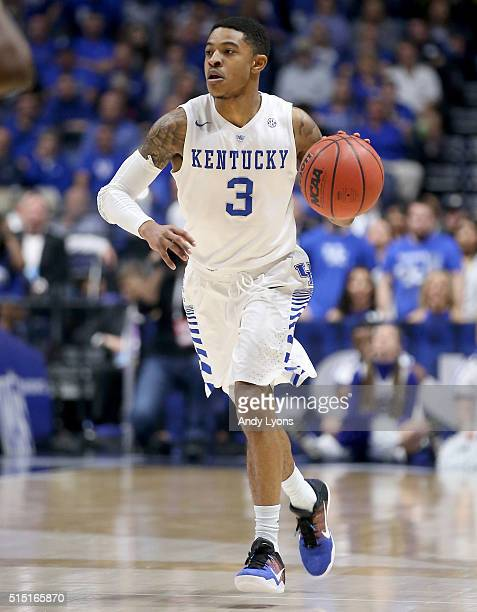 Tyler Ulis of the Kentucky Wildcats dribbles the ball in the game against the Georgia Bulldogs during the semifinals of the SEC Tournament at...