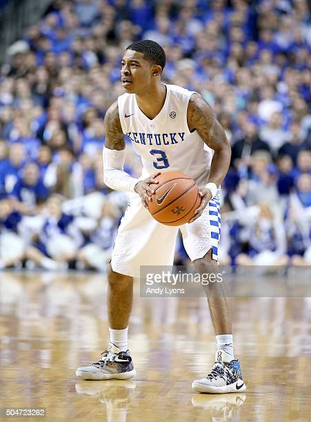 Tyler Ulis of the Kentucky Wildcats looks to pass the ball against the Mississippi State Bulldogs at Rupp Arena on January 12 2016 in Lexington...