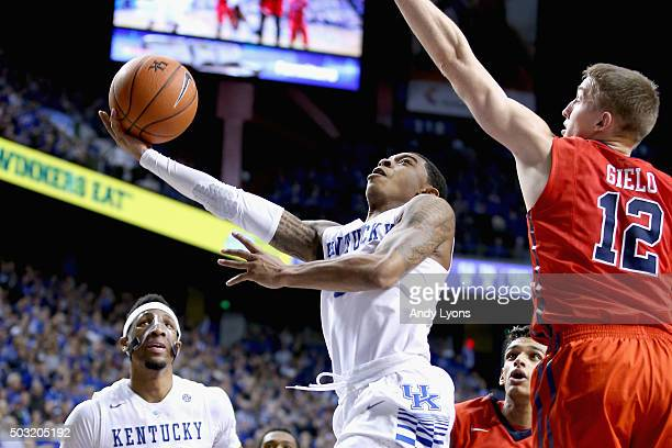 Tyler Ulis of the Kentucky Wildcats shoots the ball against the Mississippi Rebels at Rupp Arena on January 2 2016 in Lexington Kentucky