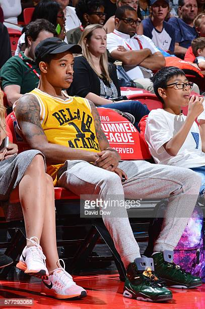 Tyler Ulis of the Phoenix Suns attends the game between the Minnesota Timberwolves and the Chicago Bulls during the 2016 NBA Las Vegas Summer League...