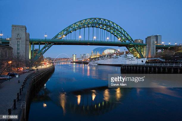tyne bridge and millennium bridge over the river tyne, newcastle-upon-tyne, united kingdom - newcastle united pictures stock pictures, royalty-free photos & images