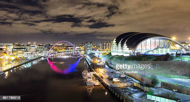 tyne bridge, millennium bridge and sage river, at night, newcastle, uk - tyne and wear stock pictures, royalty-free photos & images