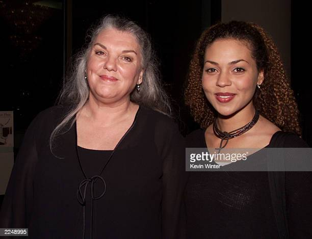 Tyne Daly and her daughter at the Writers Guild Awards 2001 at the Beverly Hilton Hotel Beverly Hills Ca 3/4/01 Los Angeles