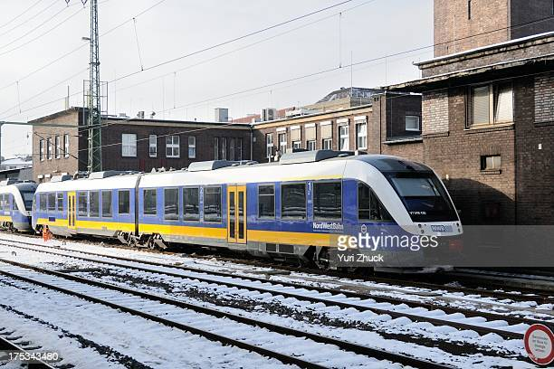 Type VT 648 DMU , operated by NordWestBahn, at Hauptbahnhof.